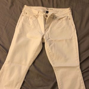 Your perfect white jeans!!!